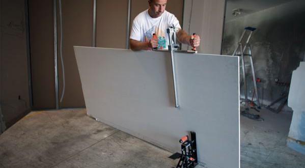 un trusquin pour la d coupe des plaques de pl tre 5fa ades. Black Bedroom Furniture Sets. Home Design Ideas