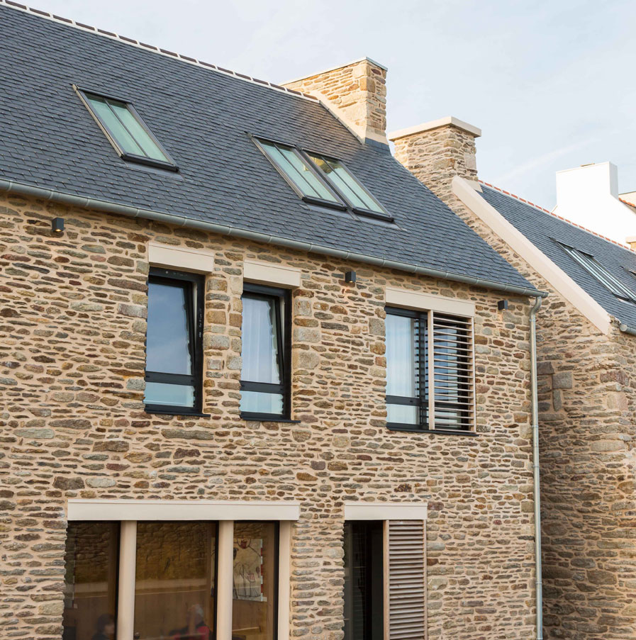Fen tres de toit 5fa ades for Reglementation fenetre de toit